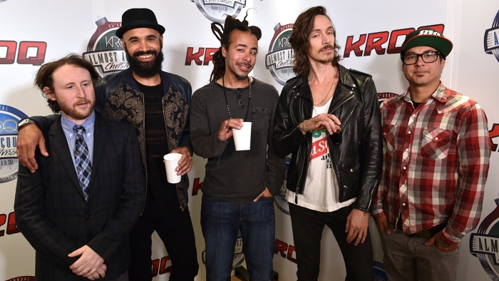 Mike Einziger, Ben Kenney, Chris Kilmore, Brandon Boyd, Jose Pasillas